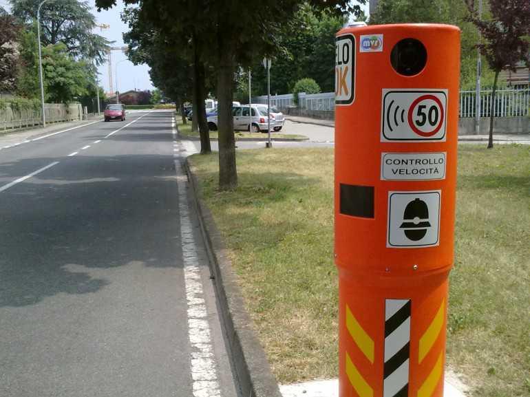 измеритель скорости в италии для штрафов