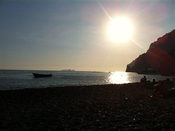 пляж в позитано (кампания)